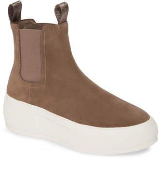J/Slides Cora Chelsea Sneaker