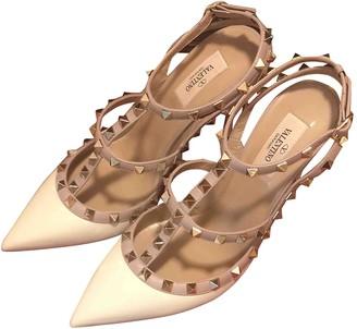 Valentino Rockstud White Patent leather Heels