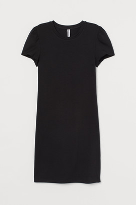 H&M Puff-sleeved bodycon dress