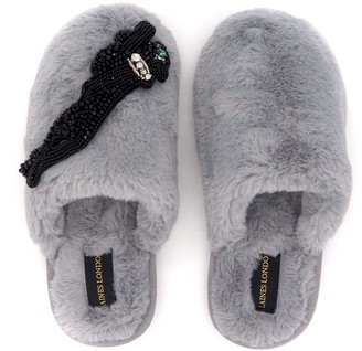 Laines London Closed Toe Grey Fluffy Slippers With Jet Panther