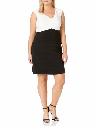 Adrianna Papell Women's Size Criss Cross Baned Jersey Fit N Flare Plus