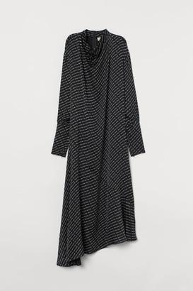 H&M Dress with Draped Collar - Black