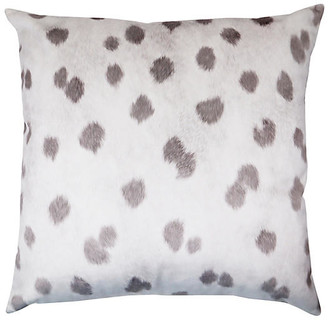 The Piper Collection Wilder 22x22 Pillow - Mauve Velvet