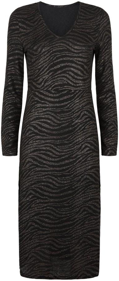 Thumbnail for your product : New Look Blue Vanilla Tiger Print Midi Dress