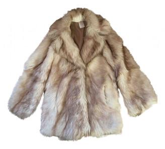 Non Signã© / Unsigned Ecru Fox Coats
