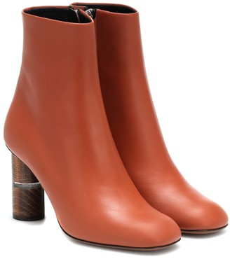 Neous Clowesia leather ankle boot