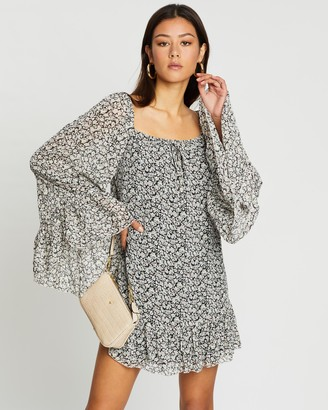 Missguided Flared Sleeve Smock Dress