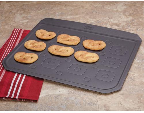"""Kaiser Bakeware Extraordinaire Cookie Sheet, 16""""x14"""""""