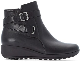 Mephisto Ariane Leather Ankle Boots with Wedge Heel and Buckles