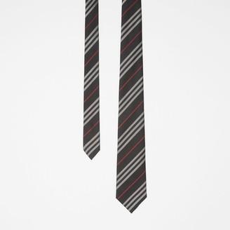 Burberry Classic Cut Striped Silk Jacquard Tie