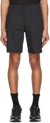 Descente Black Regular Shorts