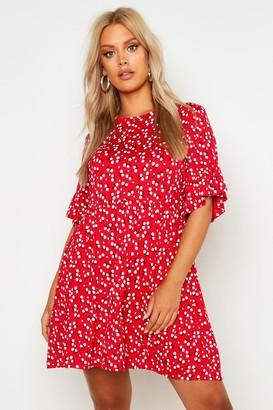 boohoo Plus Ditsy Floral Smock Dress