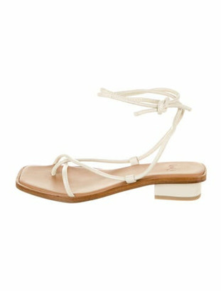LOQ Leather Sandals White