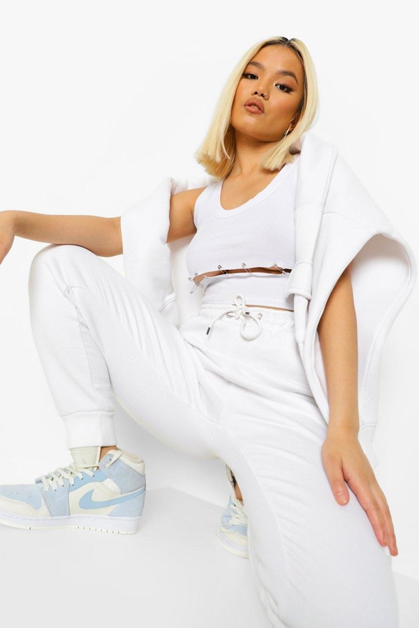 Thumbnail for your product : boohoo Petite Cargo Joggers