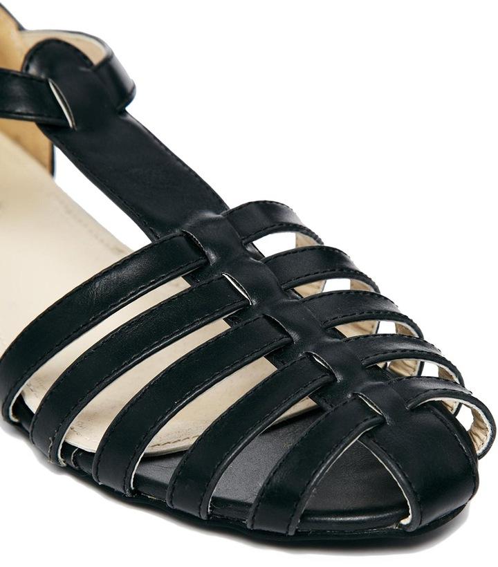 Truffle Collection Truffle Tbar Gladiator Flat Shoes