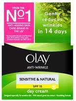 Olay Anti-Wrinkle Sensitive & Natural Day Cream SPF15 50ml