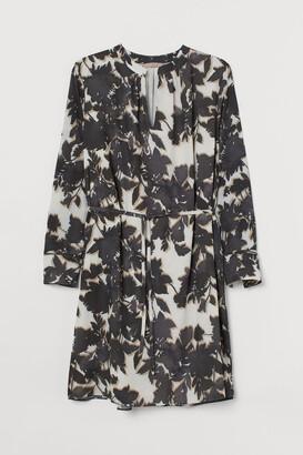 H&M H&M+ Tie-detail Dress - Beige