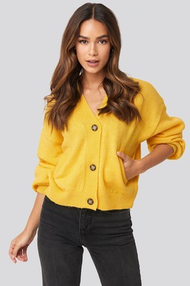 NA-KD Short Button Front Cardigan