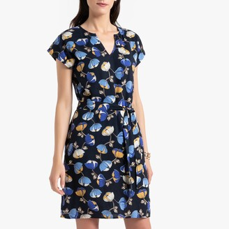 Anne Weyburn Knee-Length Shift Dress in Floral Print with Short Sleeves
