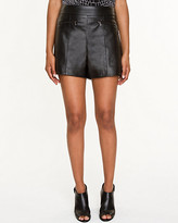 Le Château Leather-Like Exposed Zipper Short