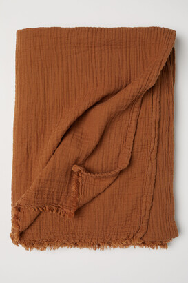 H&M Crinkled Cotton Throw