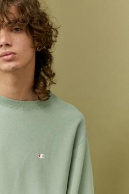Champion UO Exclusive Small C Sage Washed Crew Neck Sweatshirt - Green S at Urban Outfitters