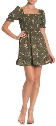 KENEDIK Floral Puff Sleeve Smocked Dress