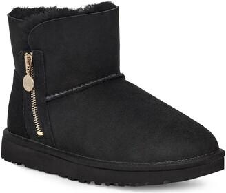 UGG Mini Bailey Zipper Boot