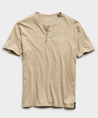 Todd Snyder Made in L.A. Short Sleeve Jersey Henley in Toasted Almond