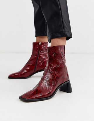 Topshop heeled boots with square toe in red snake-Black
