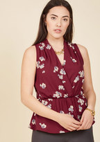 Great Gal in the Corner Office Sleeveless Top in Maroon Bloom in 4X