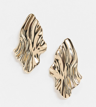 Accessorize Exclusive sculptural metal stud earring in gold