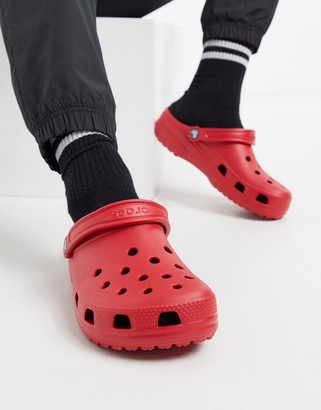 Crocs classic shoes in red