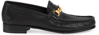 Gucci Women's loafer with chain