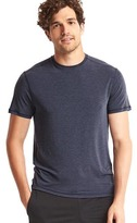 Gap GapFit Breathe crewneck t-shirt