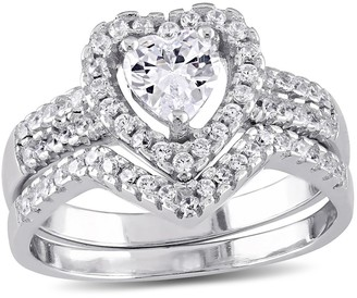 Nobrand No Brand 1 3/8 CT. T.W. Heart Cubic Zirconia Halo Bridal Set in Sterling Silver - ()