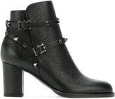 Valentino Garavani Valentino Rockstud ankle boots - women - Calf Leather/Leather - 36