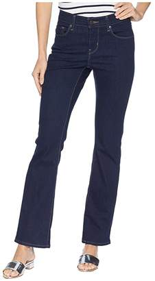 Levi's Womens Curvy Bootcut (Smooth Dark Rinse) Women's Jeans