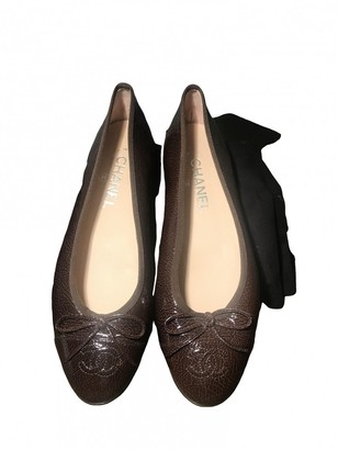 Chanel Brown Patent leather Ballet flats