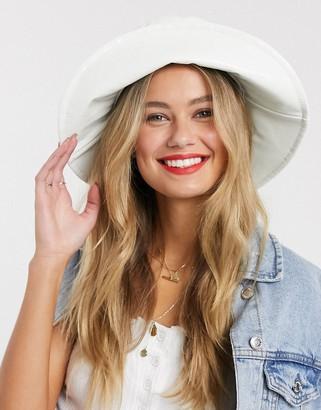 My Accessories London hi shine wide brimmed bucket hat in white