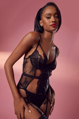boohoo Cut Out Basque & String Set