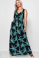 boohoo Plus Floral Print V Neck Maxi Dress