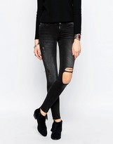 Noisy May Eve Super Slim Stud Destroy Knee Jean