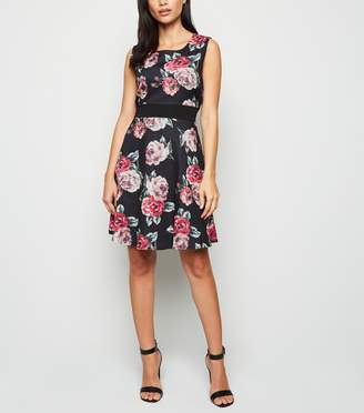 New Look Mela Rose Sleeveless Skater Dress