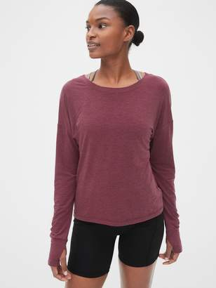 Gap GapFit Breathe Keyhole Long Sleeve T-Shirt