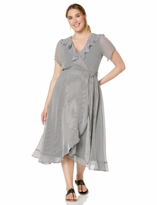 Gabby Skye Women's Plus Size Short Sleeve V-Neck Stripe Ruffled A-Line Dress