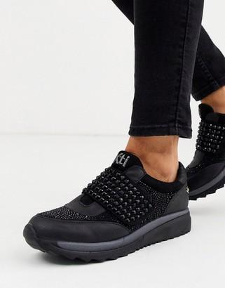 Xti diamante slip on runner sneakers in black