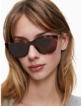 Cat-eye Solid Sunglasses