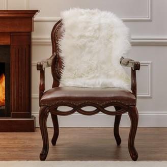 Everly Quinn Ladoga Shag White Area Rug Rug Size: Novelty 2' x 3'