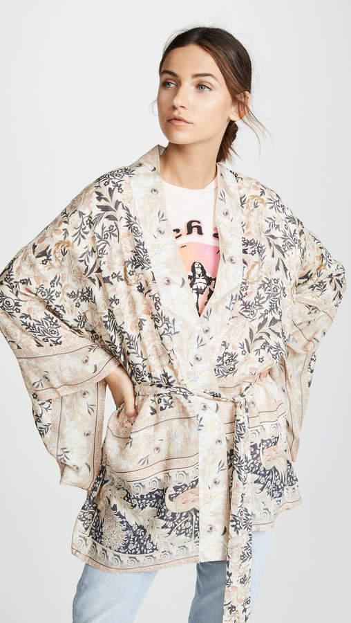 Oasis Spell and the Gypsy Collective Short Kimono